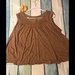 Brown tank size XL